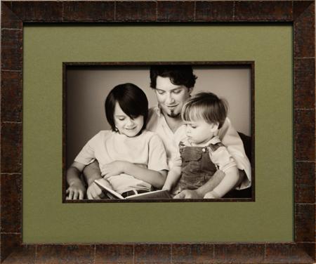 Framing Photos: Business Photo, Family Photo Framing, Senior Photo ...