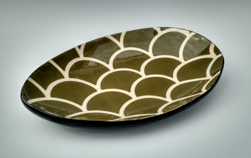Small Fishscale Plate by artist Melissa Ragland